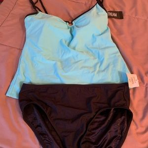 Women's NWT size 10 two piece bathing …
